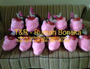 boneka souvenir merchendise magelang (2)