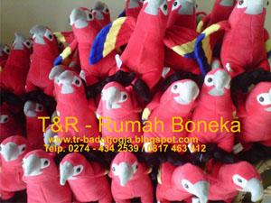 pembuat boneka souvenir magelang (2)