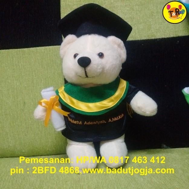 boneka-wisuda-bear-ukuran-20-cm