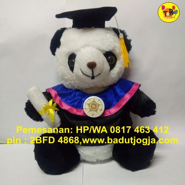 boneka-wisuda-panda-hitam