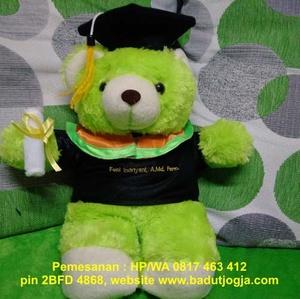 boneka-wisuda-bear-hijau