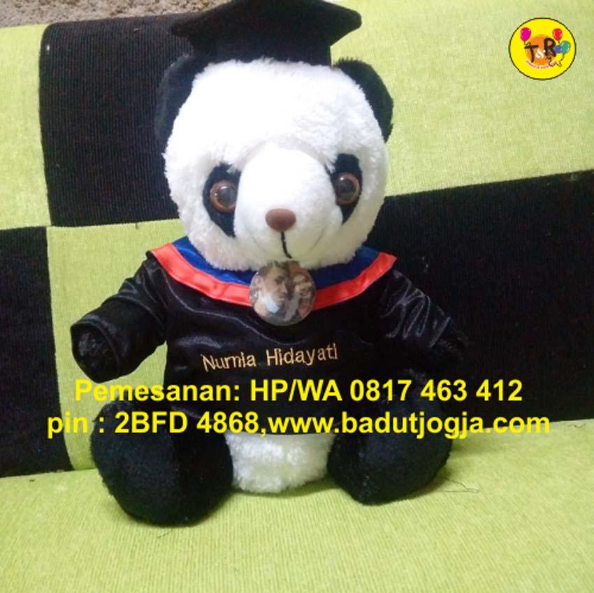 grosir-boneka-wisuda-panda