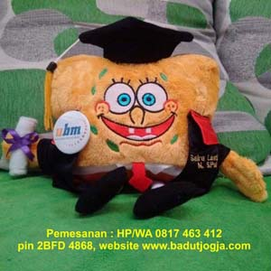 jual boneka-wisuda-spongebob-bordir-nama