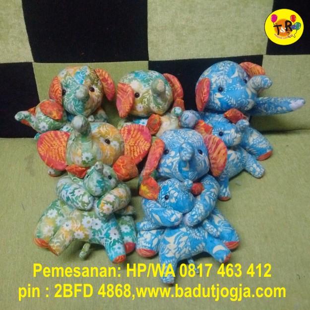 boneka-batik-gajah-bali