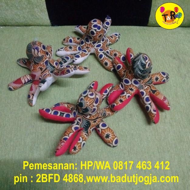 boneka-batik-gurita