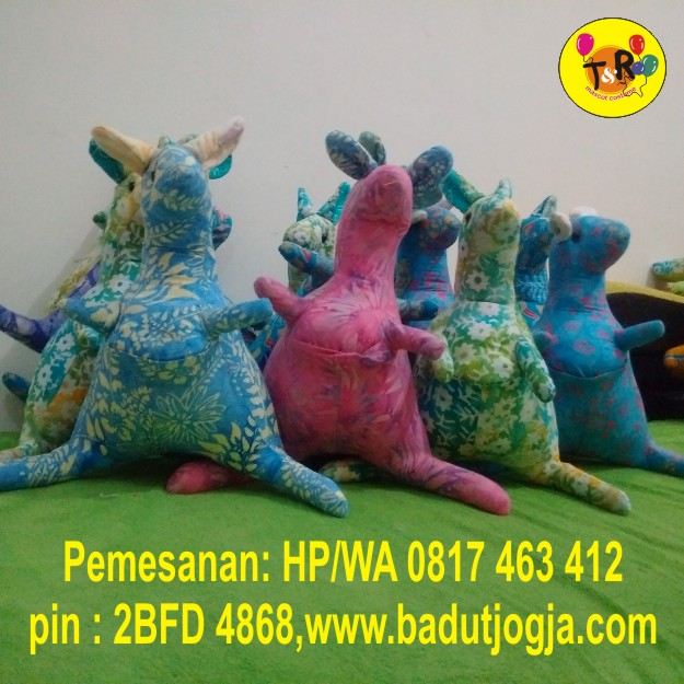 boneka-batik-kangguru