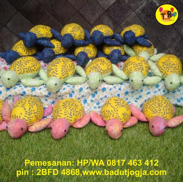 boneka batik kura-kura