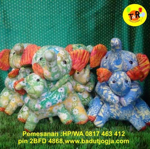 jual boneka batik gajah dan anak