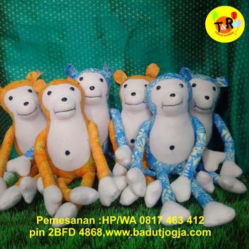 produsen boneka batik monyet