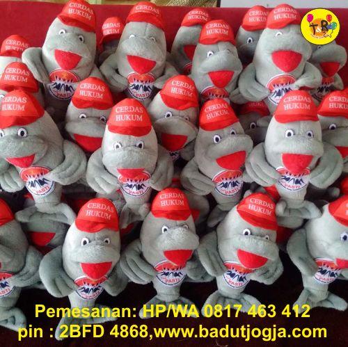 produsen boneka maskot kementerian hukum