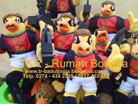 produsen boneka maskot visit jawa tengah