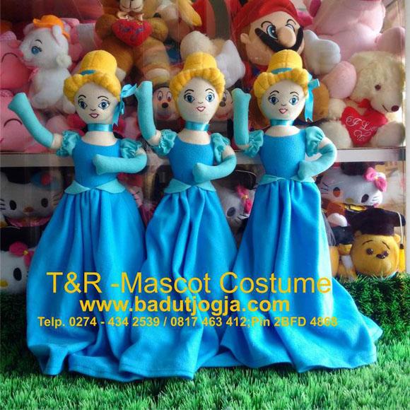 Boneka Souvenir Cinderella