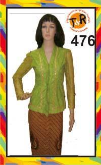 476.persewaan kostum kebaya modern