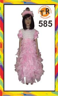 585.sewa kostum pesta
