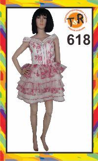 618.sewa kostum pesta