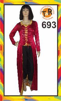 693.sewa kostum internasional