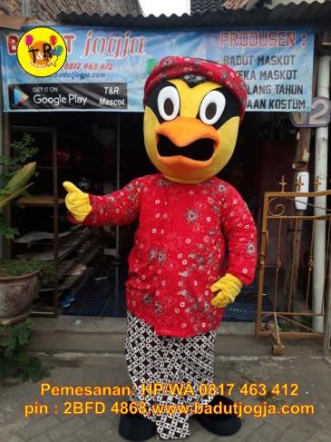 kostum boneka maskot PMI Jateng