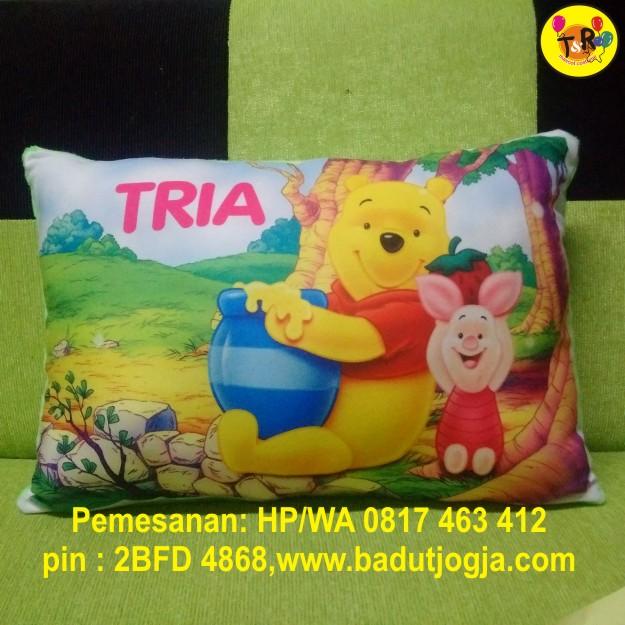 bantal-winie-the-pooh
